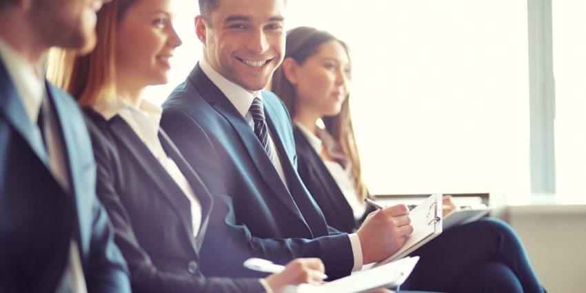 Conferencia sobre la RGPD y la relación digital con el cliente.